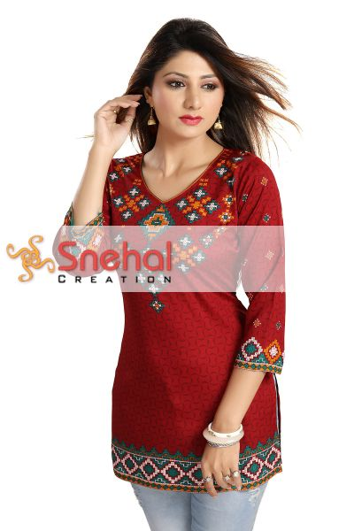 SOFT POLY CREPE LADIES KURTI