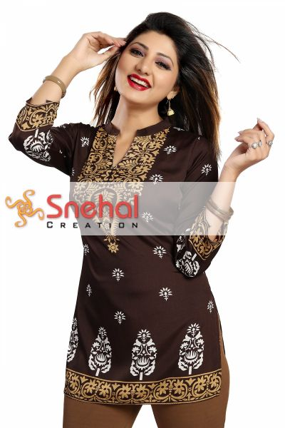 Endearing Ethnicity Short Maroon Tunic for Women