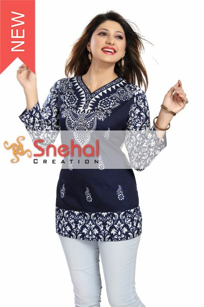 Printed Faux Crepe Ladies Short Kurti Tunic